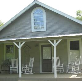 The Back Porch Inn Bed and Breakfast, New Ulm, Texas